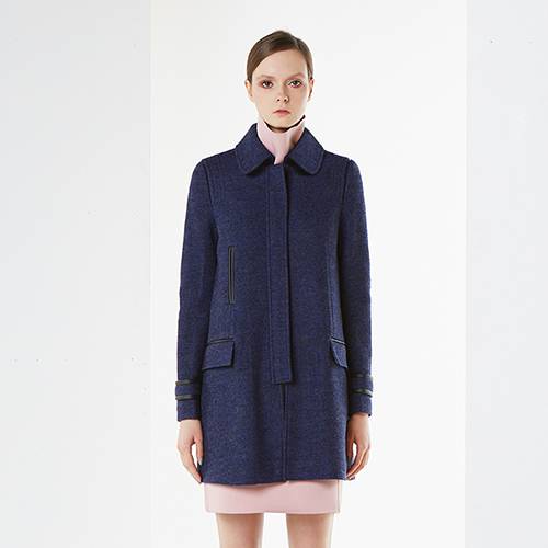 아라크네 ARACHNE A-line pinch-back wool coat