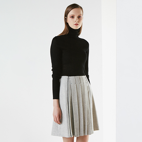 아라크네 ARACHNE Center pleats wool skirt