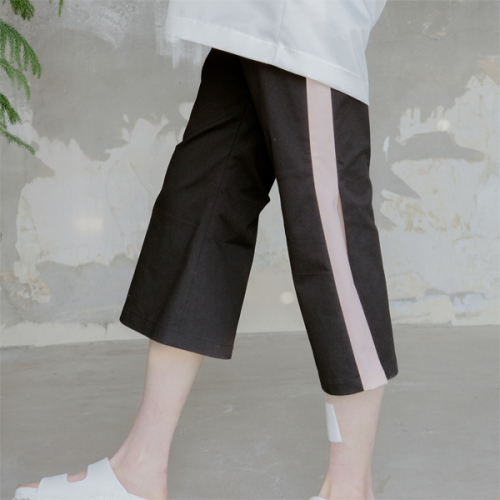 [블레어바이스퀘어] [blair by square] Open Seam Wide Slacks (2 Color)