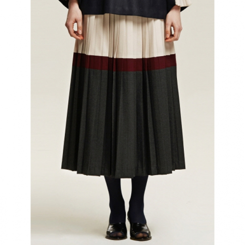 까이에 Color Block Pleated Skirt