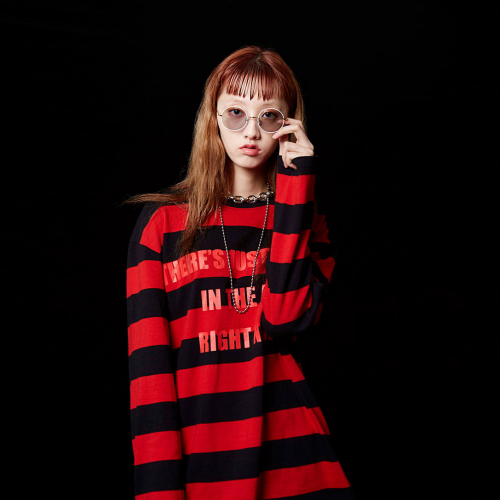 [테뉴] VIBE STRIPE LONG SLEEVE (RED)