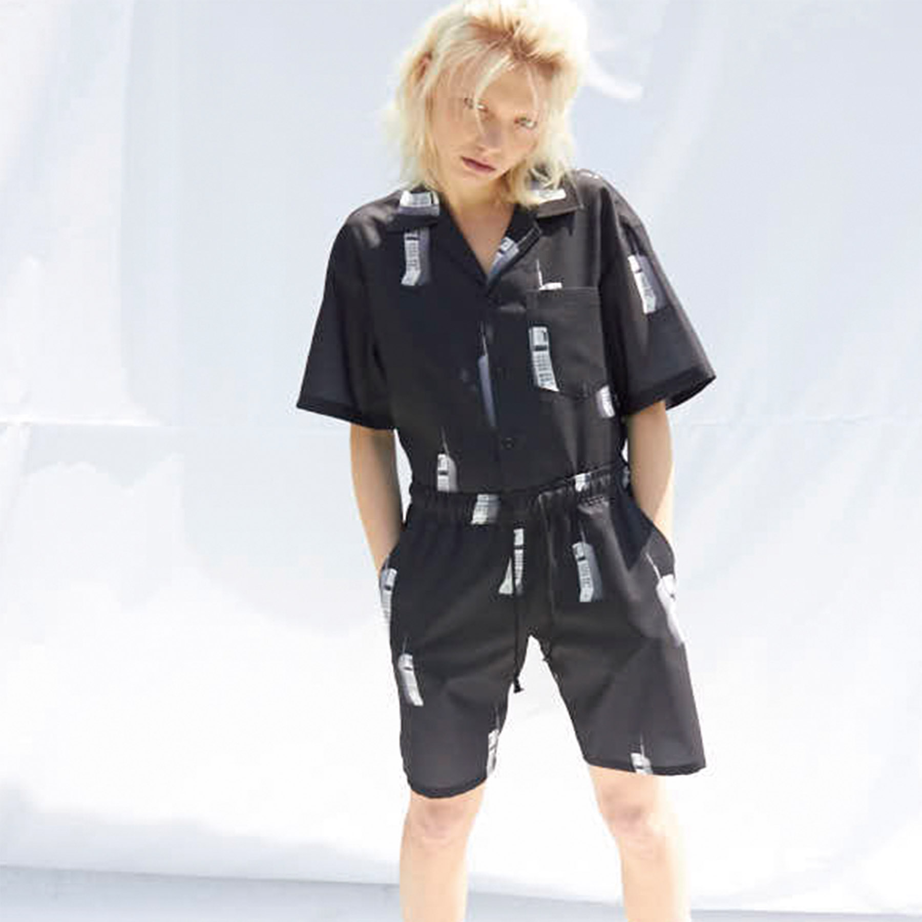 [슬링키] PHONE SHORTS PANTS BLACK