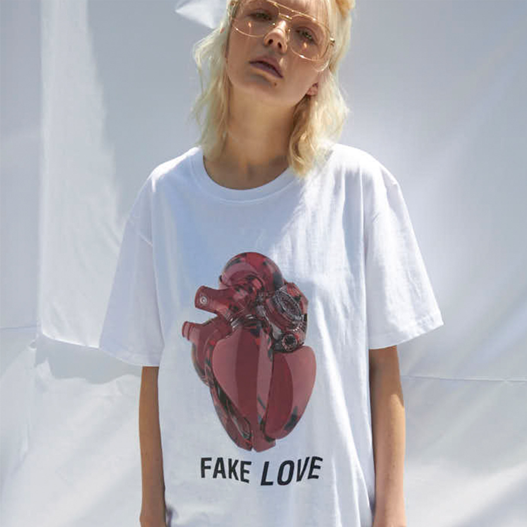 [슬링키] FAKE LOVE T-SHIRTS WHITE
