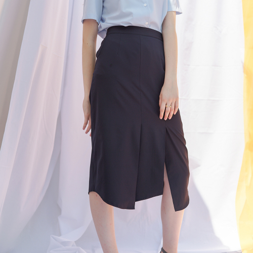 [바이바이섭] TIM DIAGNAL SKIRT NAVY