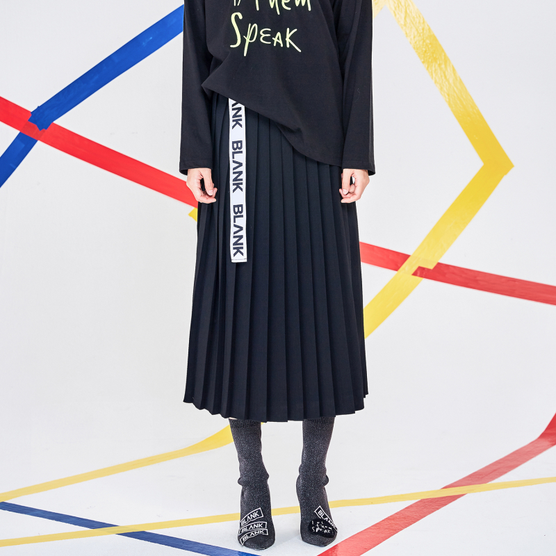 [블랭크] PLEATS MIDI SKIRT-BLACK