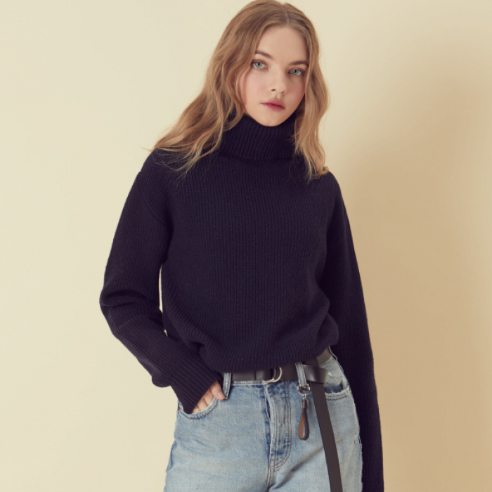 [아르테노] Wool80 Turtle neck Knit - Navy