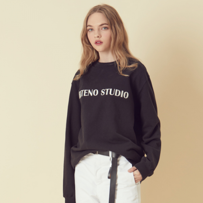 [아르테노] Lettering Sweat Shirt - Black