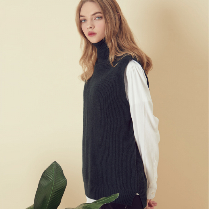 [아르테노] Wool80 Vest Turtle neck Knit - Khaki