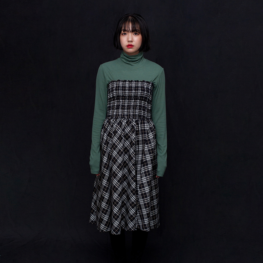 [필로컬리] Smocking tube dress_black check