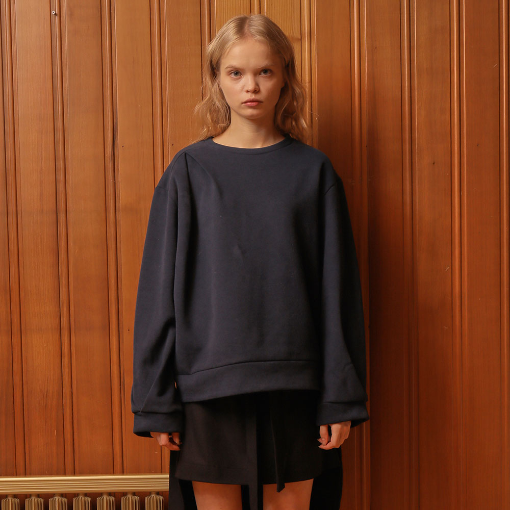 [와드로브] [WARDROBE] TUCK POINT SWEATSHIRT_NAVY