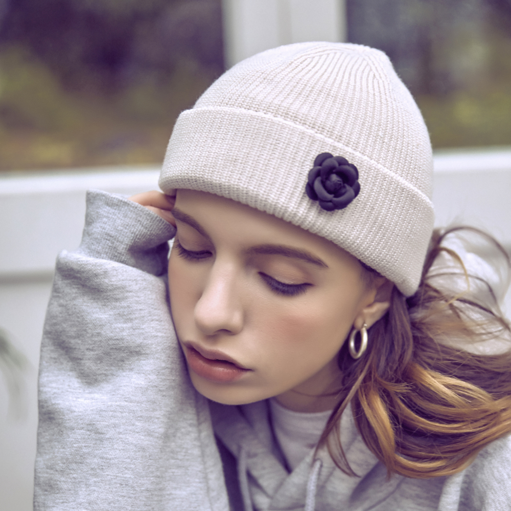 [바잘] Camellia watch cap cream