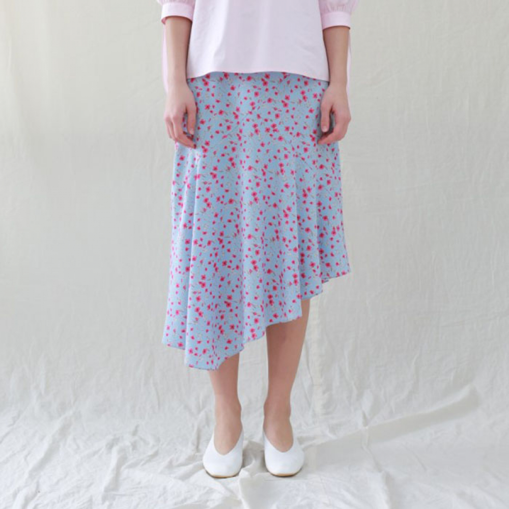 [perla] Flare Skirt (Blue Flower)