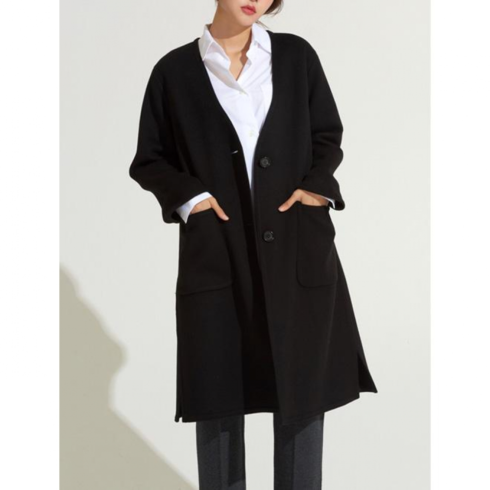 [VOYONN] 18 F/W 002 V-NECK BLACK COAT