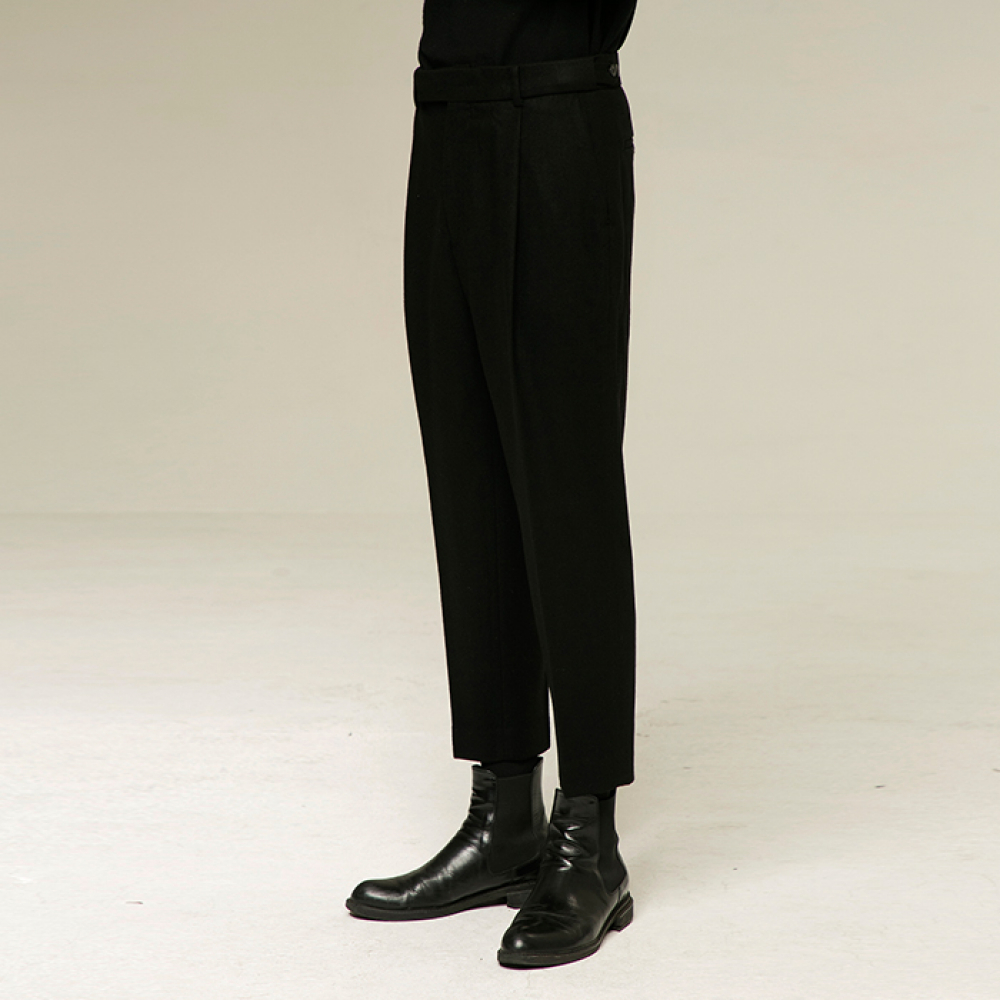 [노이어] [noirer]Wool One-Tuck Relax Pants Black
