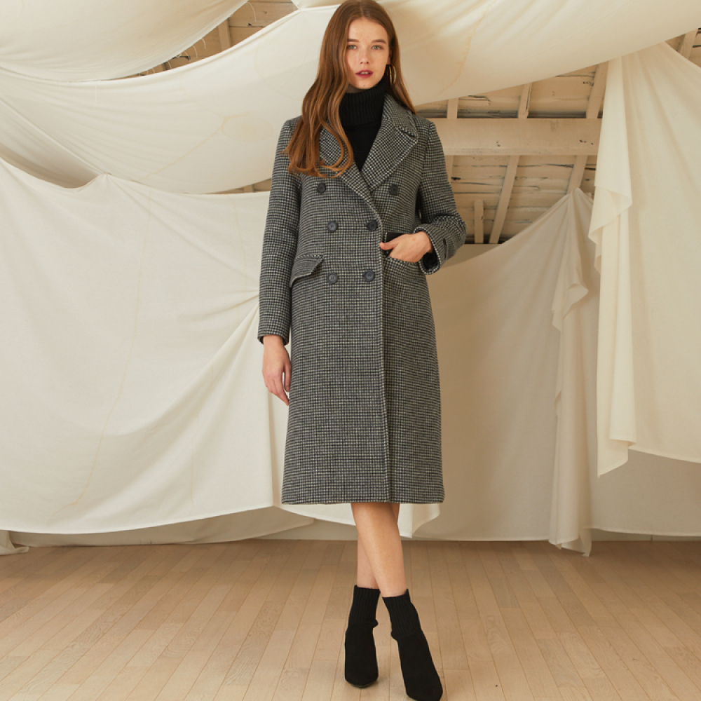 [룩캐스트] BLACK CHECK DOUBLE WOOL COAT