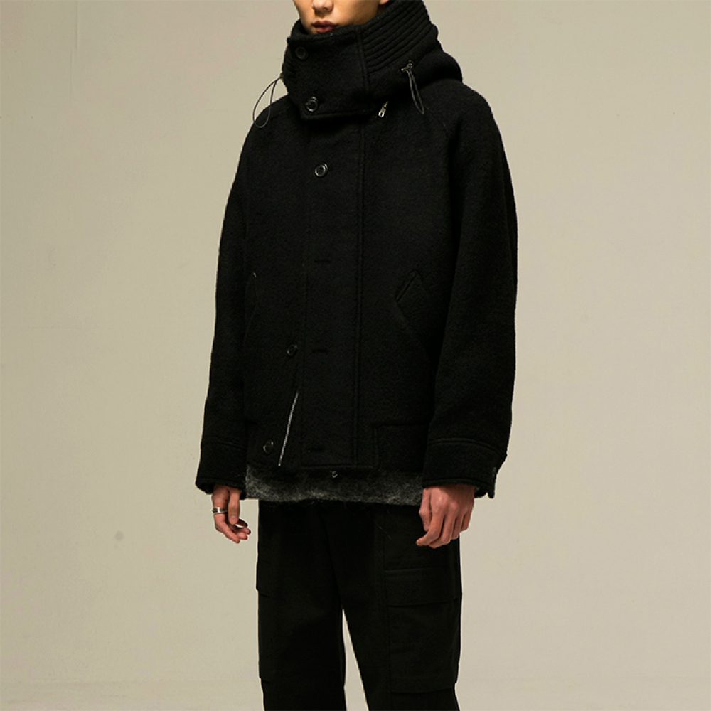 [노이어]Over-Fit Cropped Hood Blouson Black