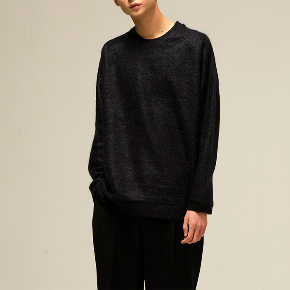 [노이어] [noirer]Mohair Overfit Sweat Black