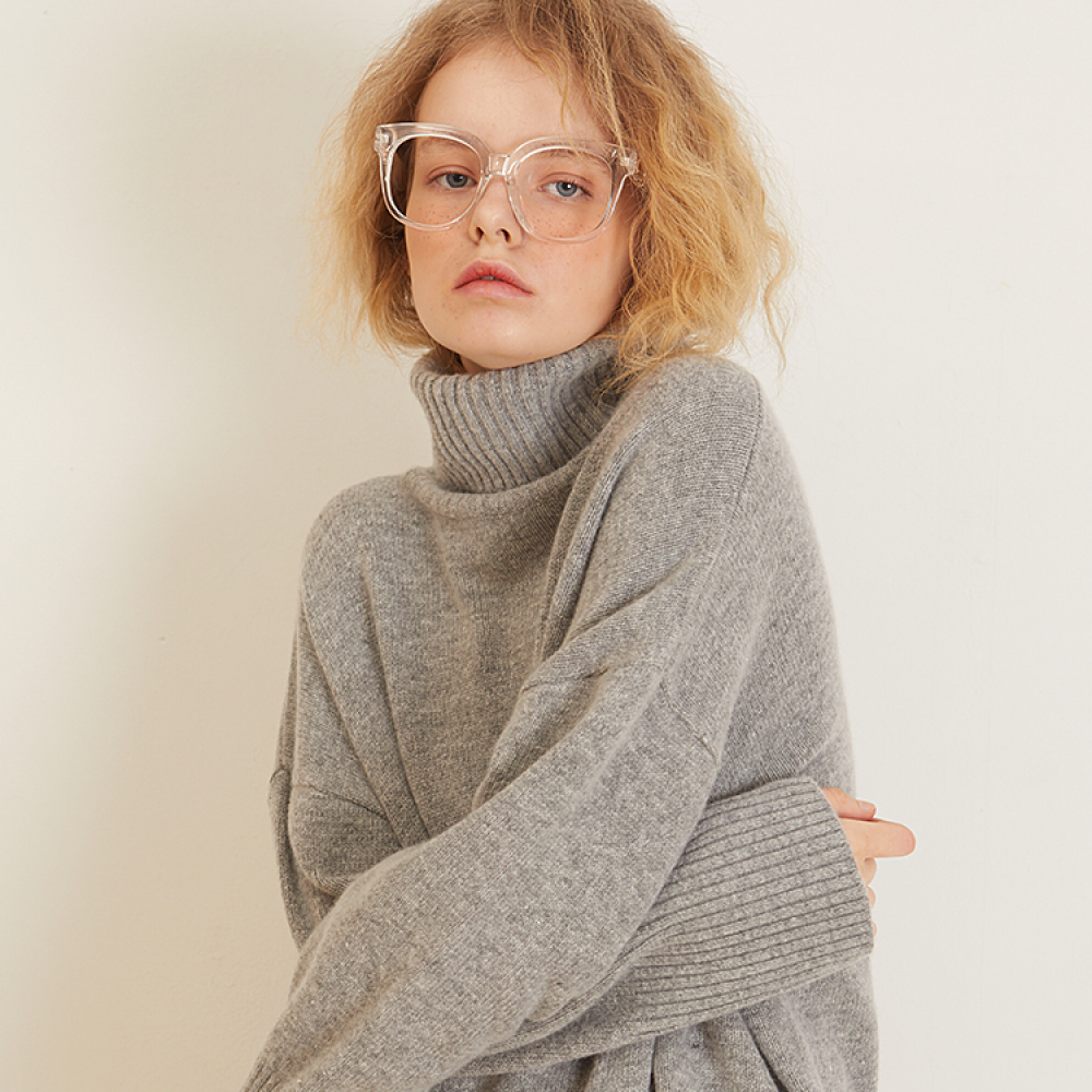 [룩캐스트] GREY CASHMERE WOOL TURTLENECK KNIT