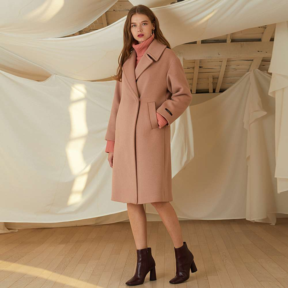 [룩캐스트] PINK SNAP WOOL COAT