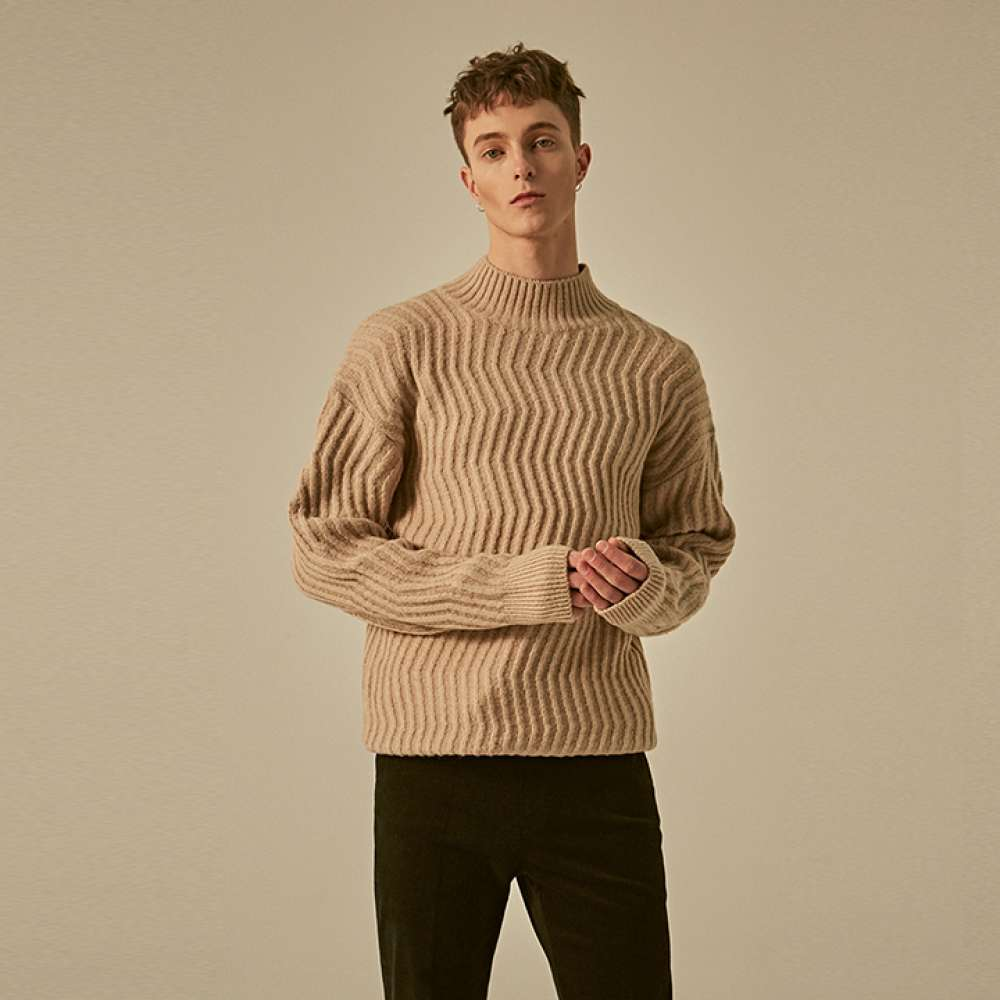 [딘스] PATTERN HIGH NECK KNIT_BEIGE