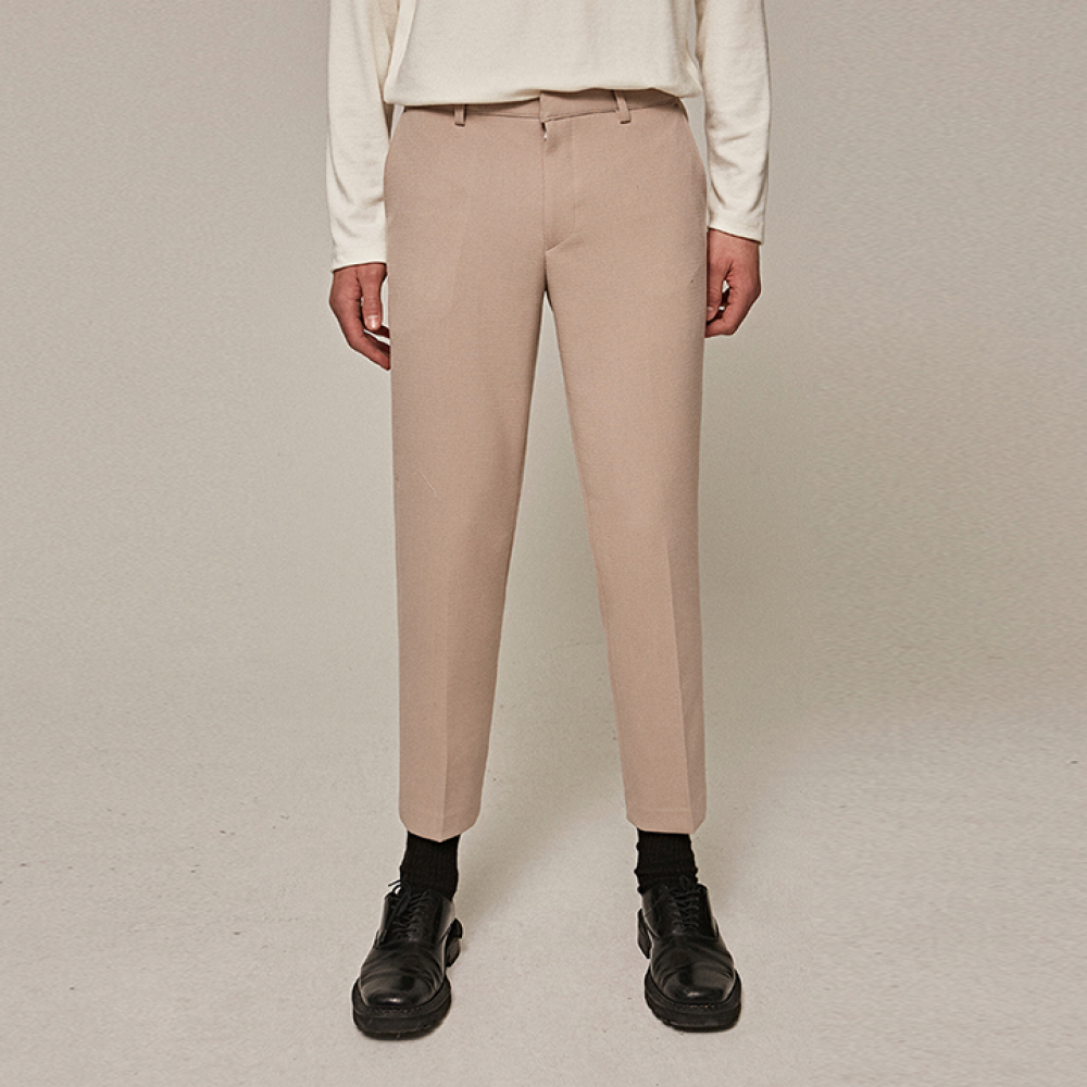 [YAN13] STRAIGHT CROP SOLID SLACKS_BEIGE
