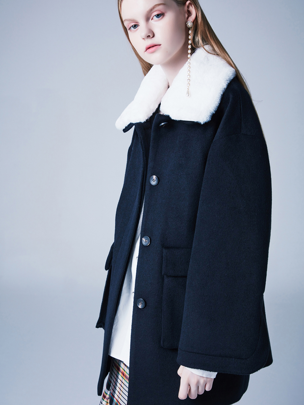 [블랭크] DOLLY FUR COAT-NAVY