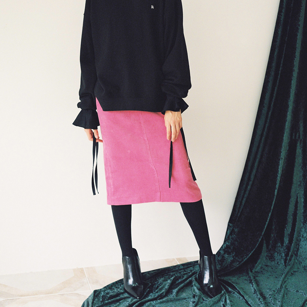 [로지에] 18fw corduroy pencil pocket skirt pink