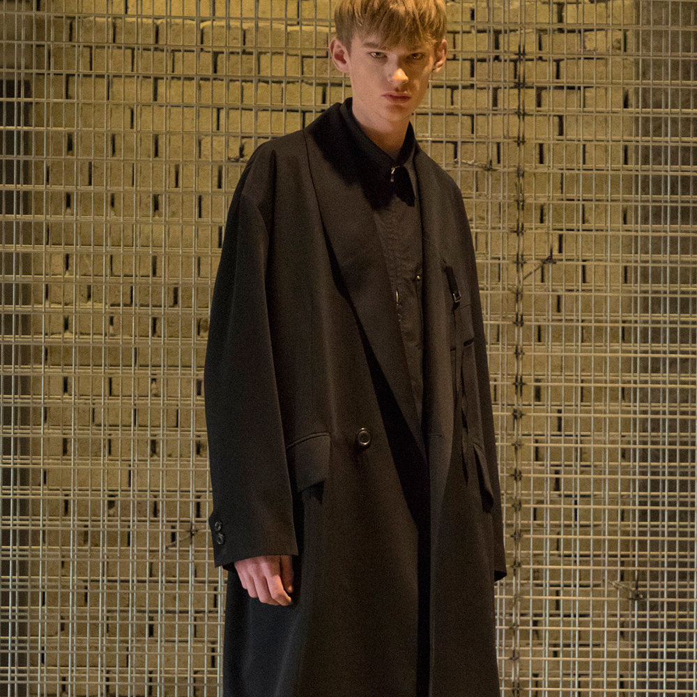 [노이어] Shawl-Collar Overfit Silk Coat