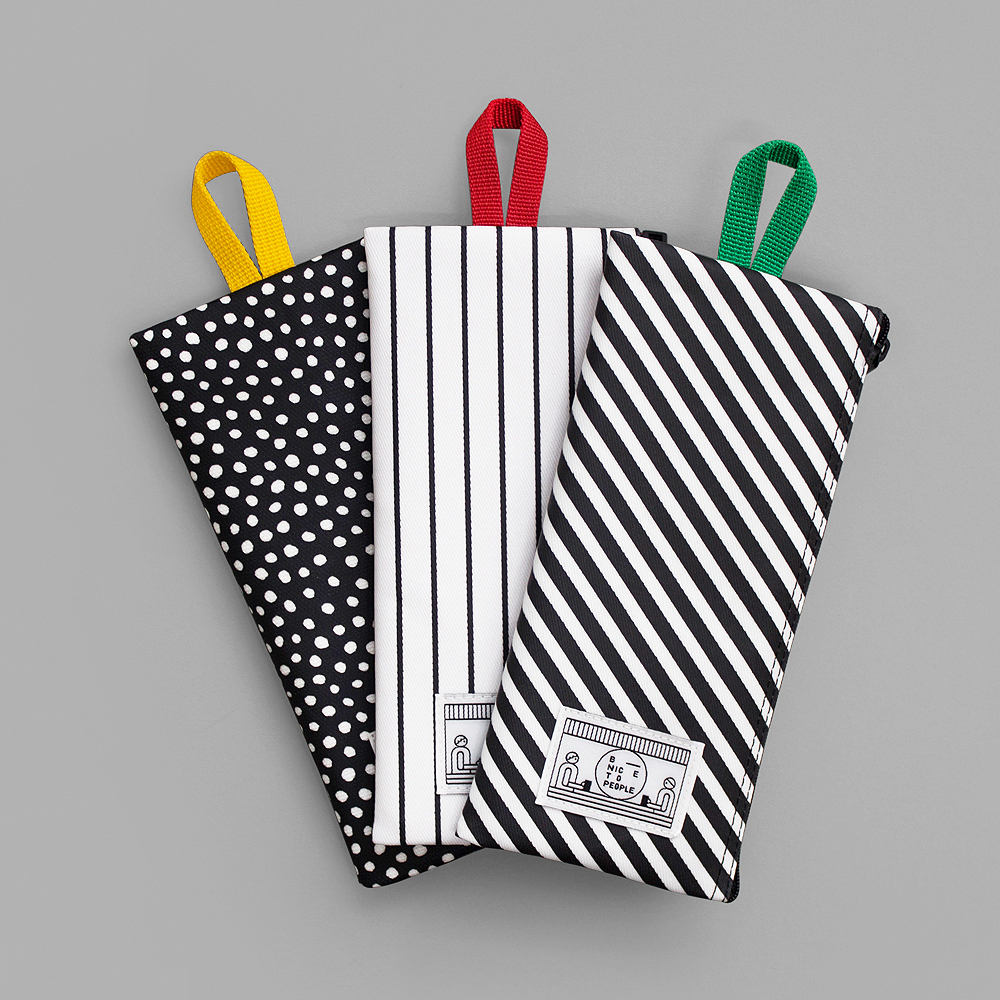 마리안케이트 COATED COTTON POUCH (LONG)