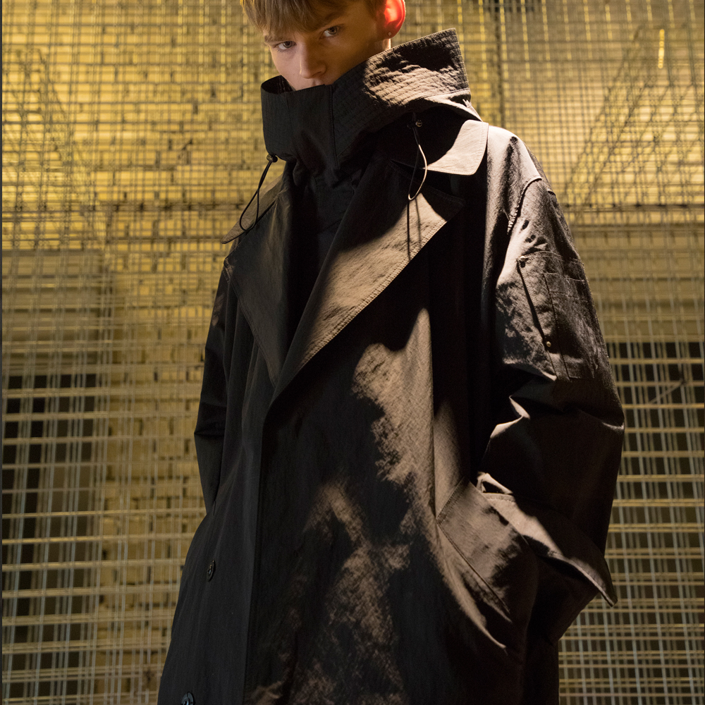 [노이어] Hooded Overfit Trench Coat