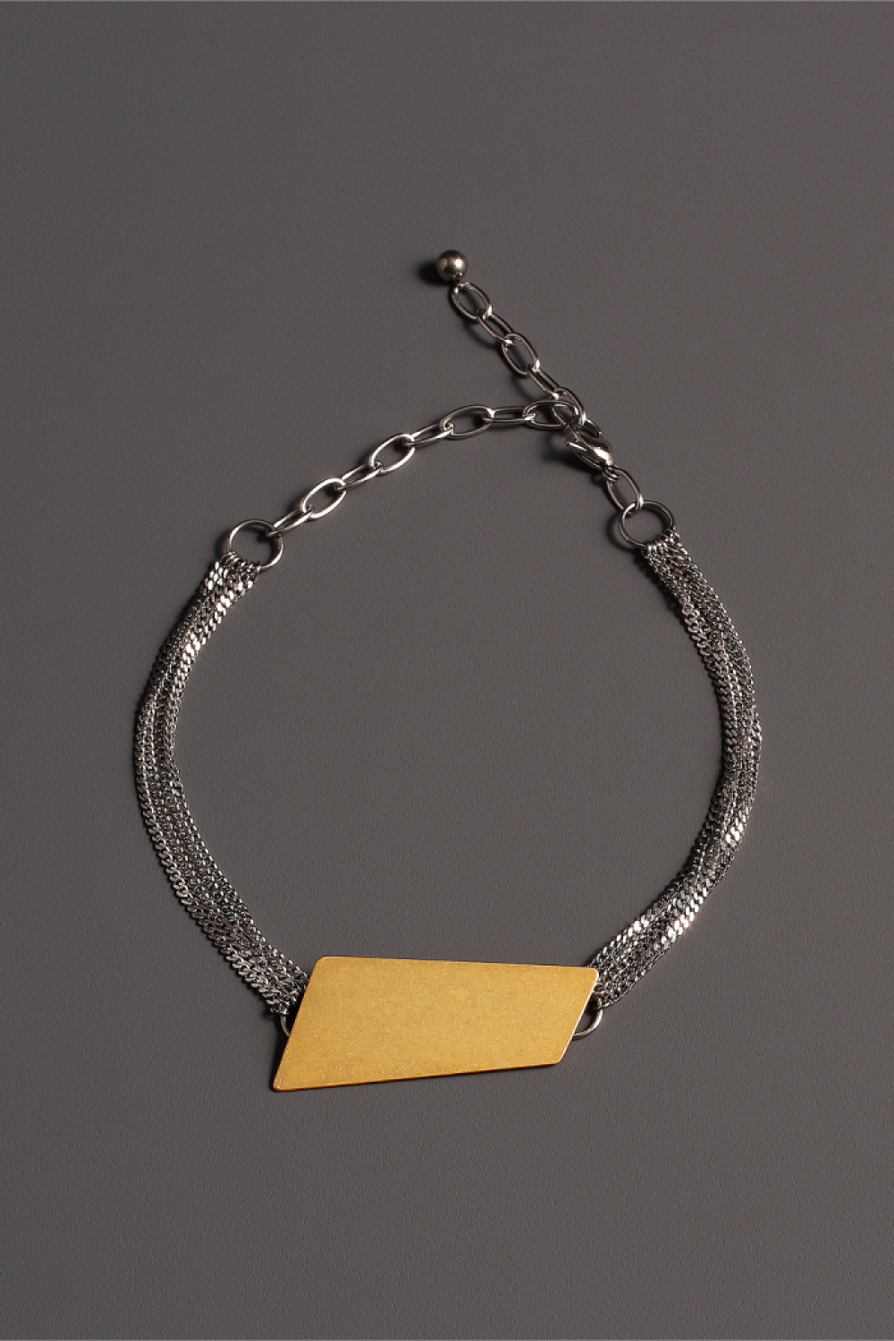 [모드곤] Golden iceberg choker necklace