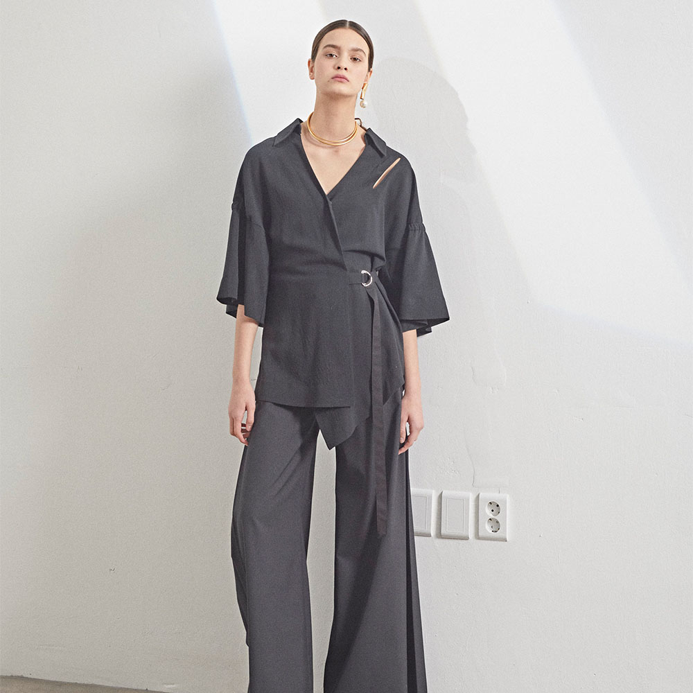 [MUSEE] Mars belted middle sleeve blouse_ Black