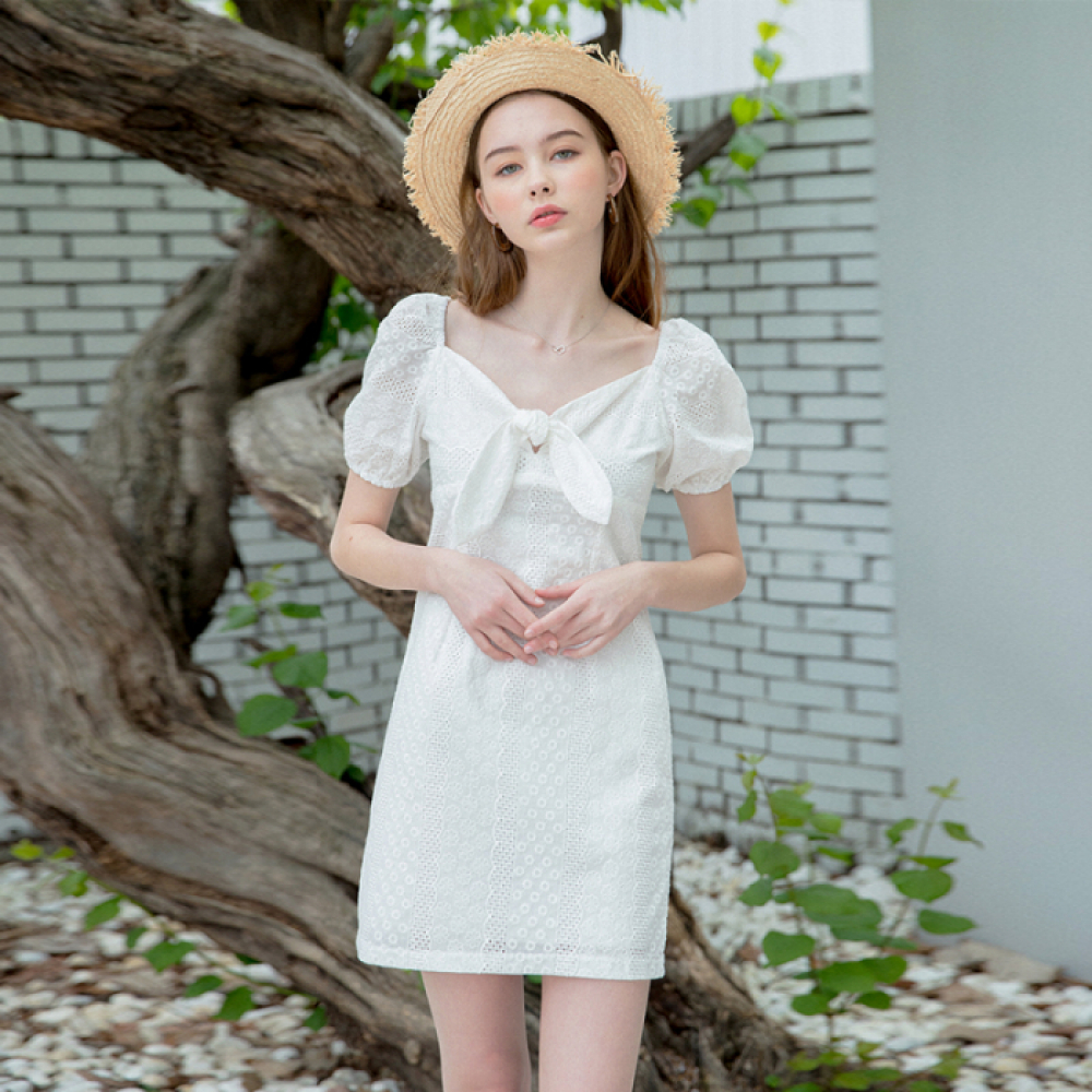 [클렛]LACE RIBBON DRESS WHITE