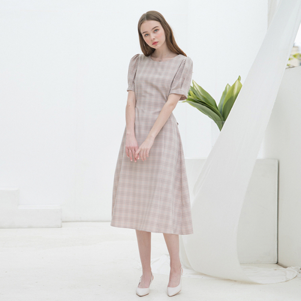 [클렛]BACK RIBBON PUFF DRESS PINK