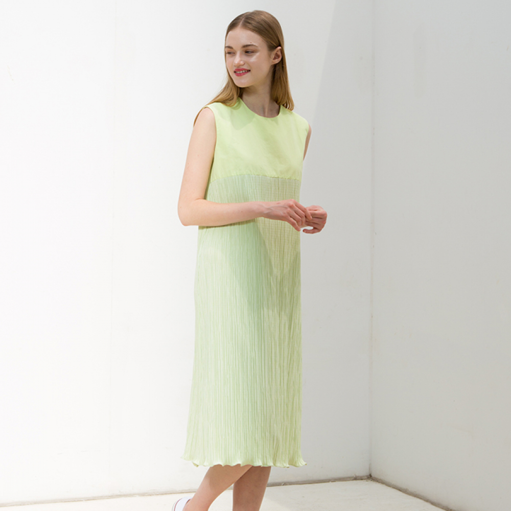 LIME PLEATS ONEPIECE